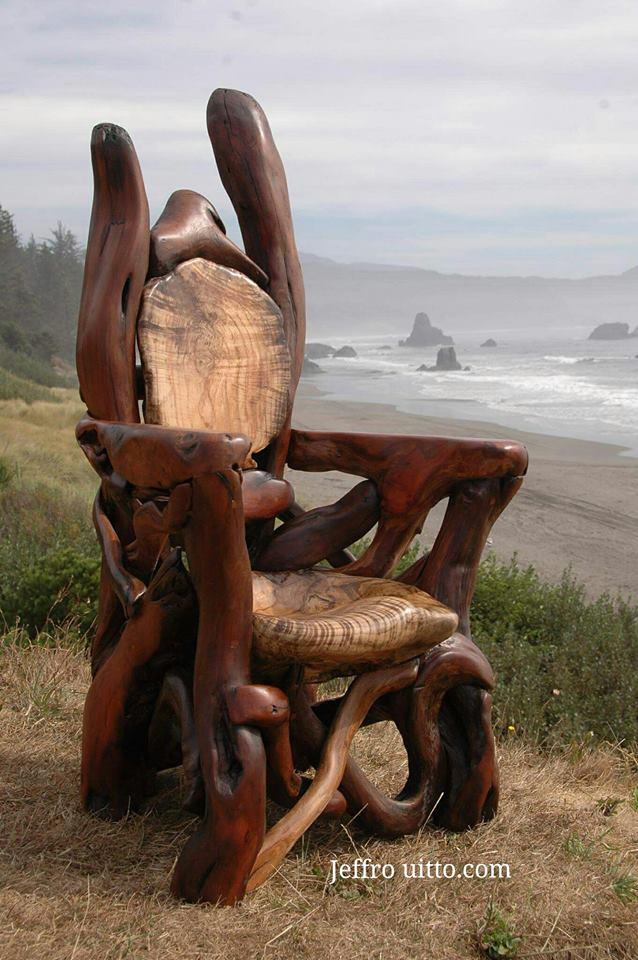 стул из коряг и веток