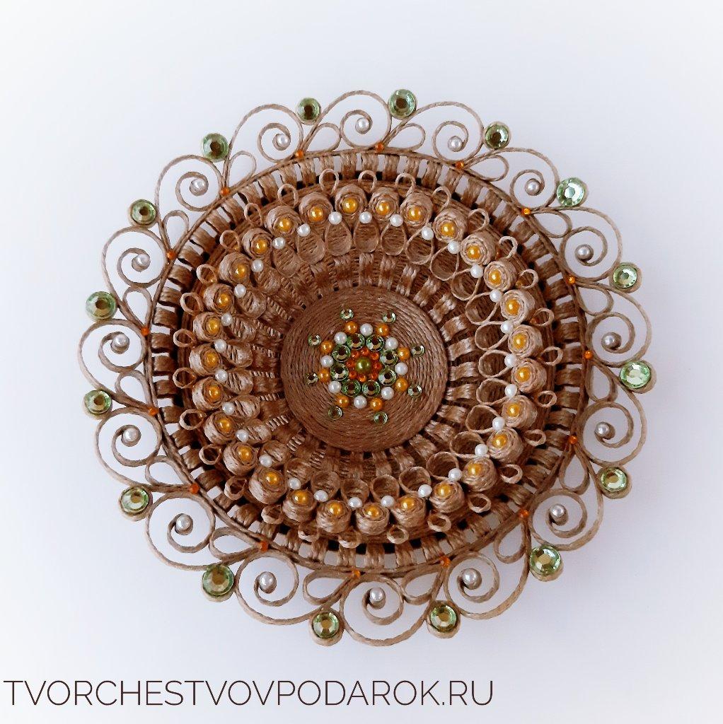 красивая тарелка на стол